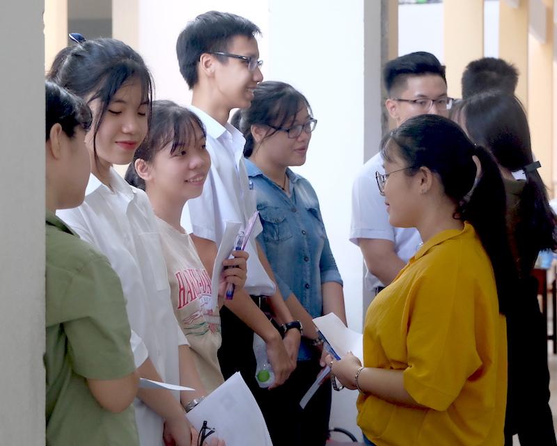 Đà Nẵng: Nhiều thí sinh phấn khởi sau môn thi đầu tiên