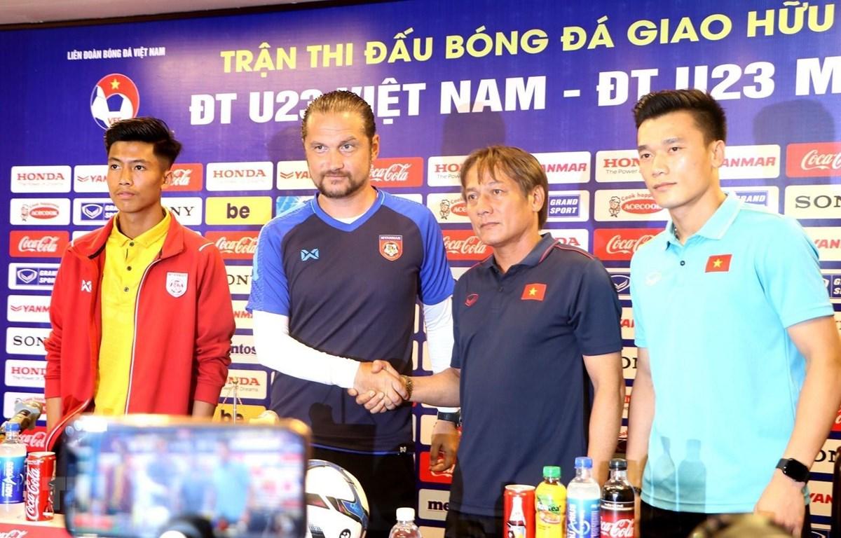 Họp báo trước trận giao hữu quốc tế giữa U23 Việt Nam và U23 Myanmar