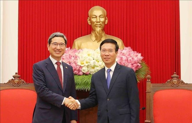 Việt Nam luôn coi trọng quan hệ hợp tác hữu nghị với Hàn Quốc