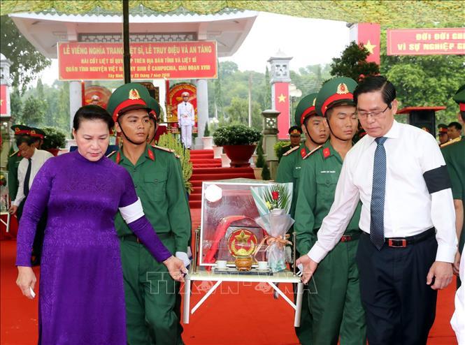 Lễ truy điệu và an táng hài cốt các liệt sĩ tại tỉnh Tây Ninh