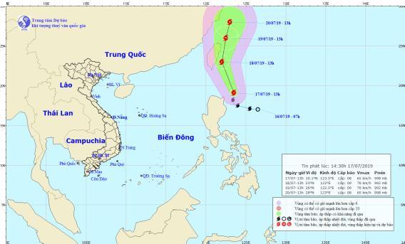 Cần chủ động ứng phó với bão gần biển Đông