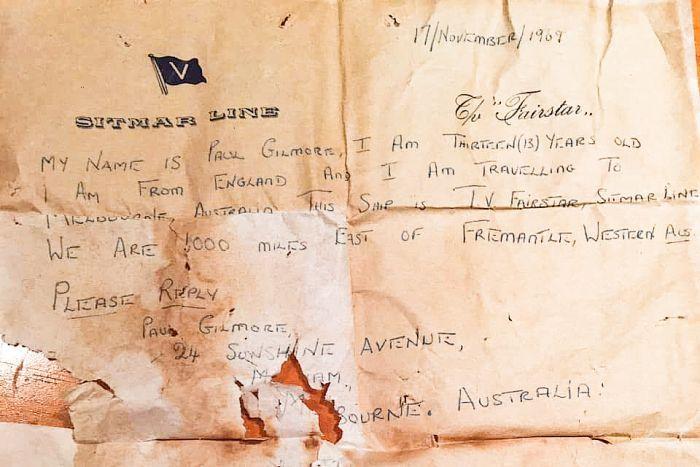 Lá thư được tìm thấy sau 50 năm trên biển