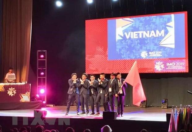 Chủ tịch Hội đồng IMO 2019 ca ngợi mô hình đào tạo Toán học của Việt Nam