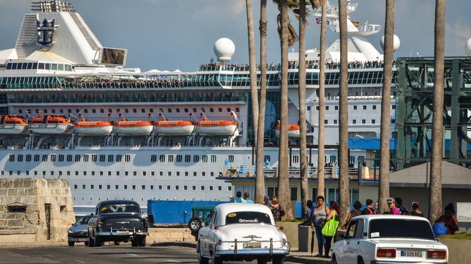 Lệnh cấm vận thương mại của Mỹ gây thiệt hại 38 tỷ USD cho ngành du lịch Cuba