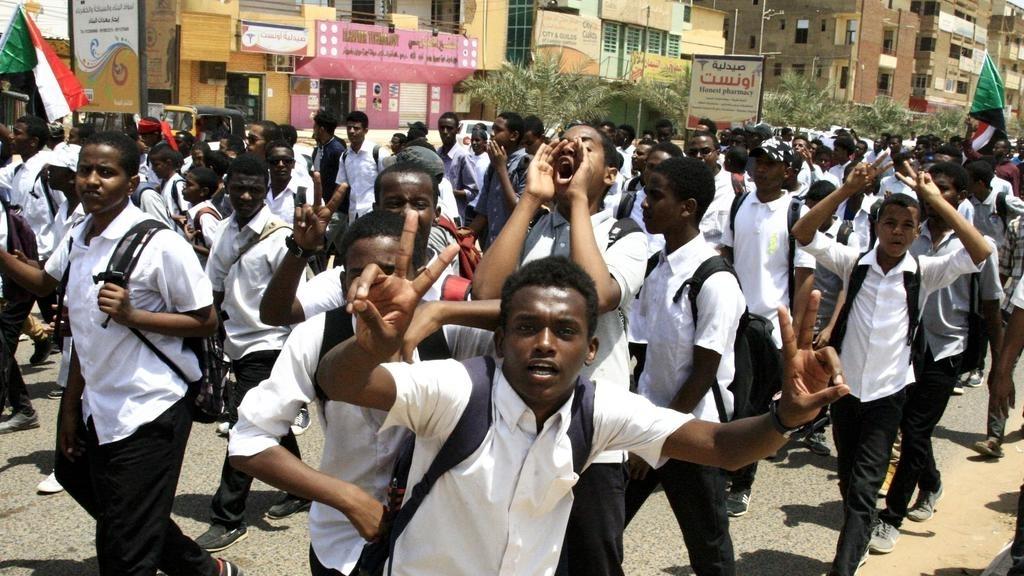 Sudan đóng cửa vô thời hạn tất cả trường học