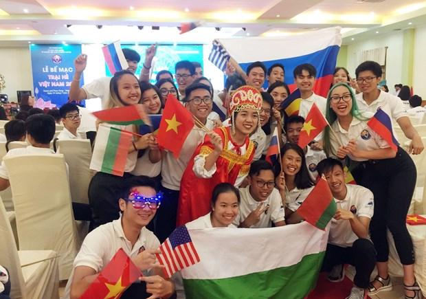 Xúc động lễ bế mạc trại hè Việt Nam cho thanh thiếu niên kiều bào