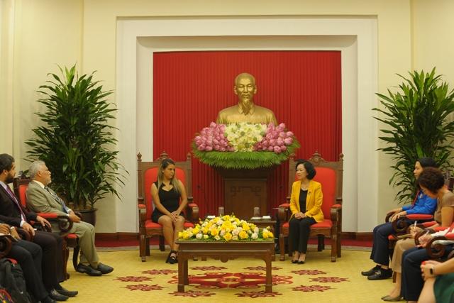 Góp phần đưa quan hệ Việt Nam - Venezuela phát triển thực sự vững mạnh