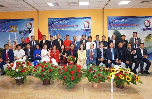 """Hội người Việt tại Ba Lan: 20 năm """"Đổi mới - Đoàn kết và Hội nhập"""""""