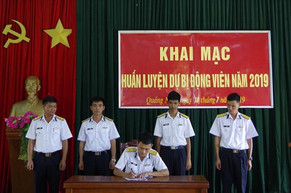 Lữ đoàn 147 huấn luyện dự bị động viên năm 2019