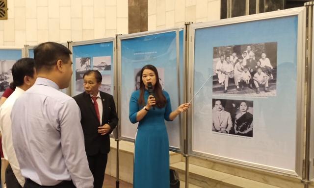 """Triển lãm """"Chủ tịch Xuphanuvông - Người bạn thân thiết của nhân dân Việt Nam"""""""