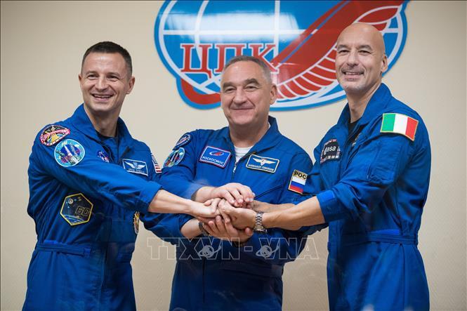 Tàu vũ trụ Nga chở 3 phi hành gia lên ISS