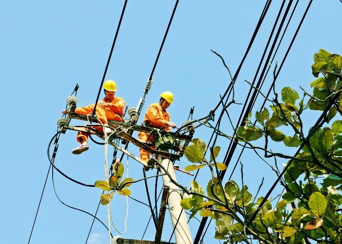 EVNNPC nỗ lực cấp điện an toàn 27 tỉnh, thành phố