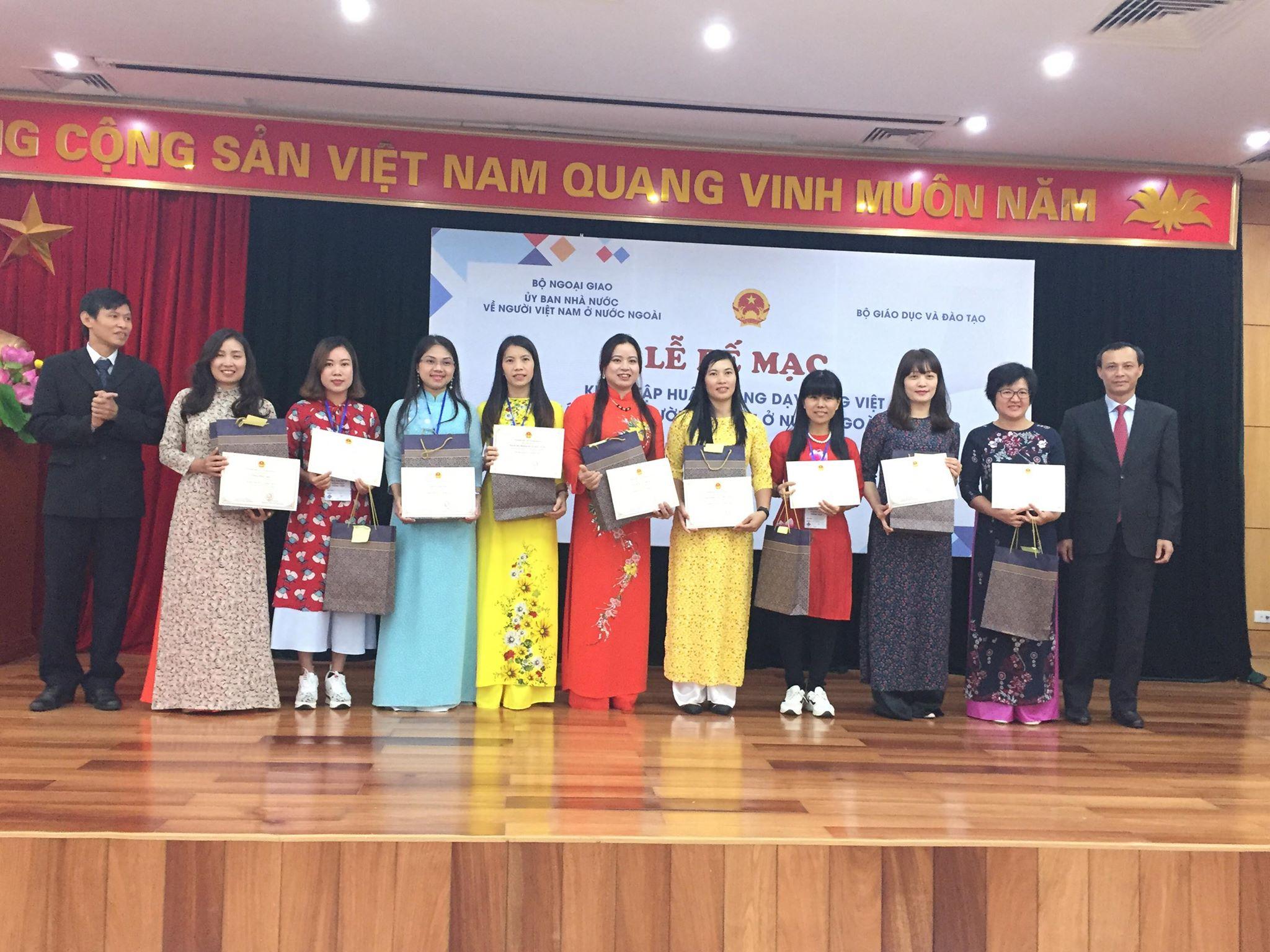 Tiếng Việt là sợi dây kết nối yêu thương