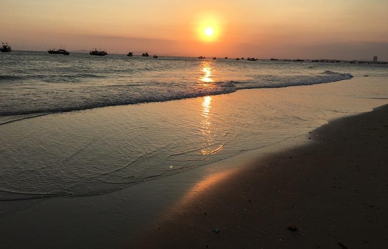 Khám phá vẻ đẹp bình dị của làng chài Long Hải