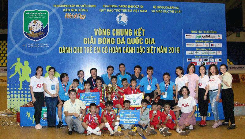 Hà Tĩnh vô địch giải bóng đá dành cho trẻ em có hoàn cảnh đặc biệt