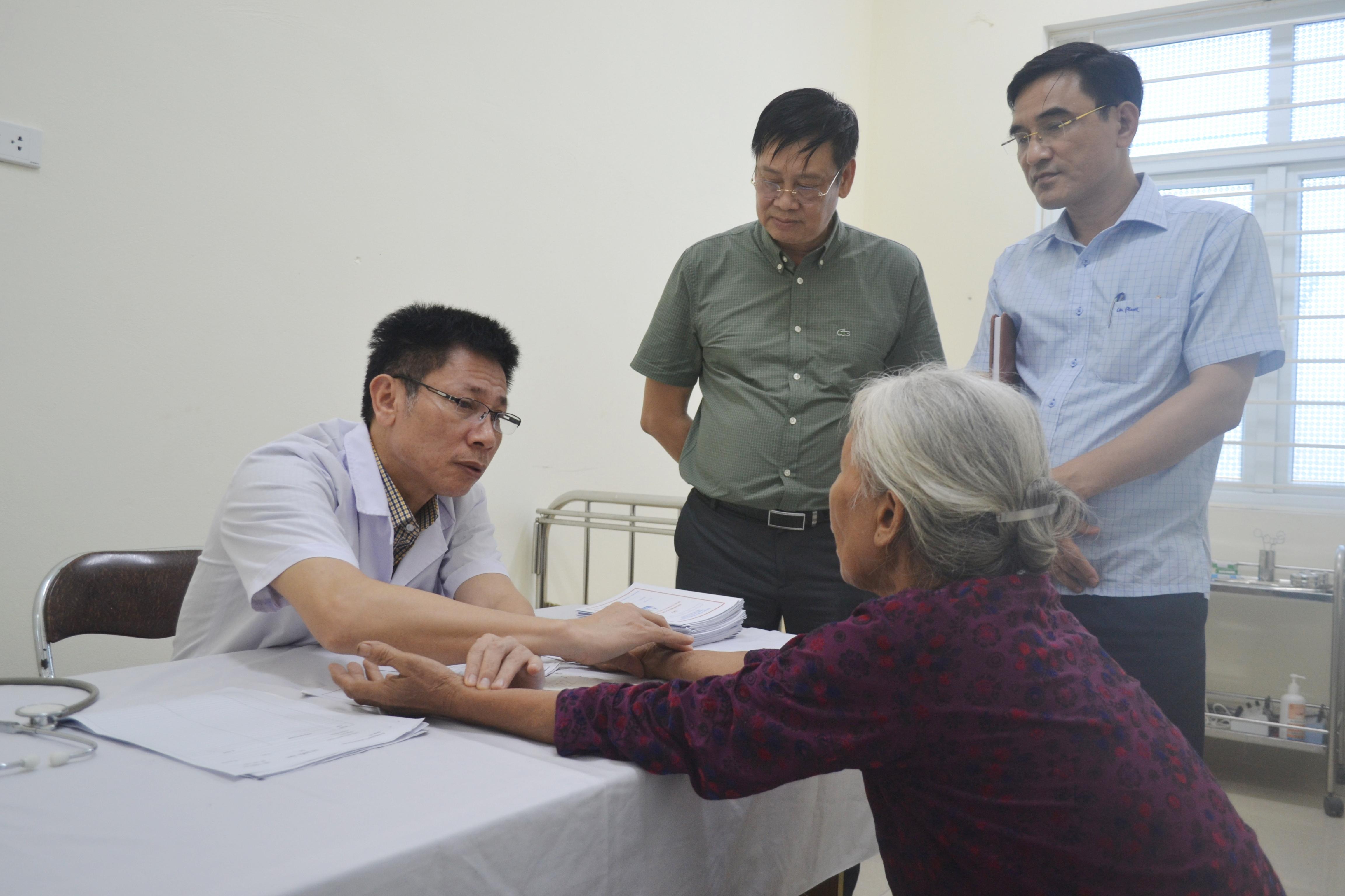 Phú Xuyên: Triển khai mô hình Trạm y tế hoạt động theo nguyên lý y học gia đình