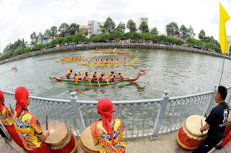 Giải đua thuyền mở rộng chào mừng 74 năm Quốc khánh 2/9