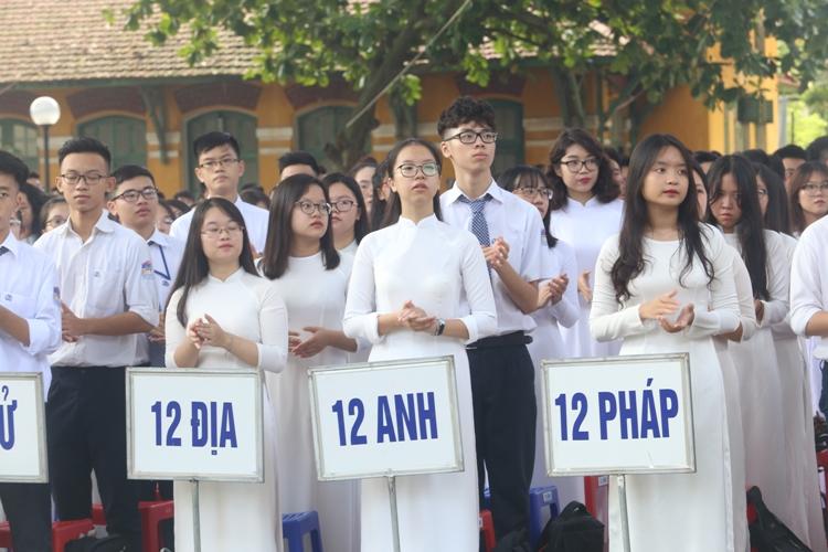 Hà Nội đề nghị linh hoạt trong thu phí BHYT HSSV