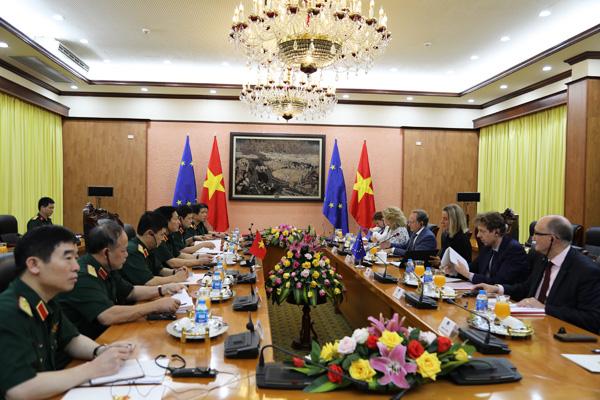 EU mong Việt Nam đóng góp duy trì hòa bình, ổn định và phát triển