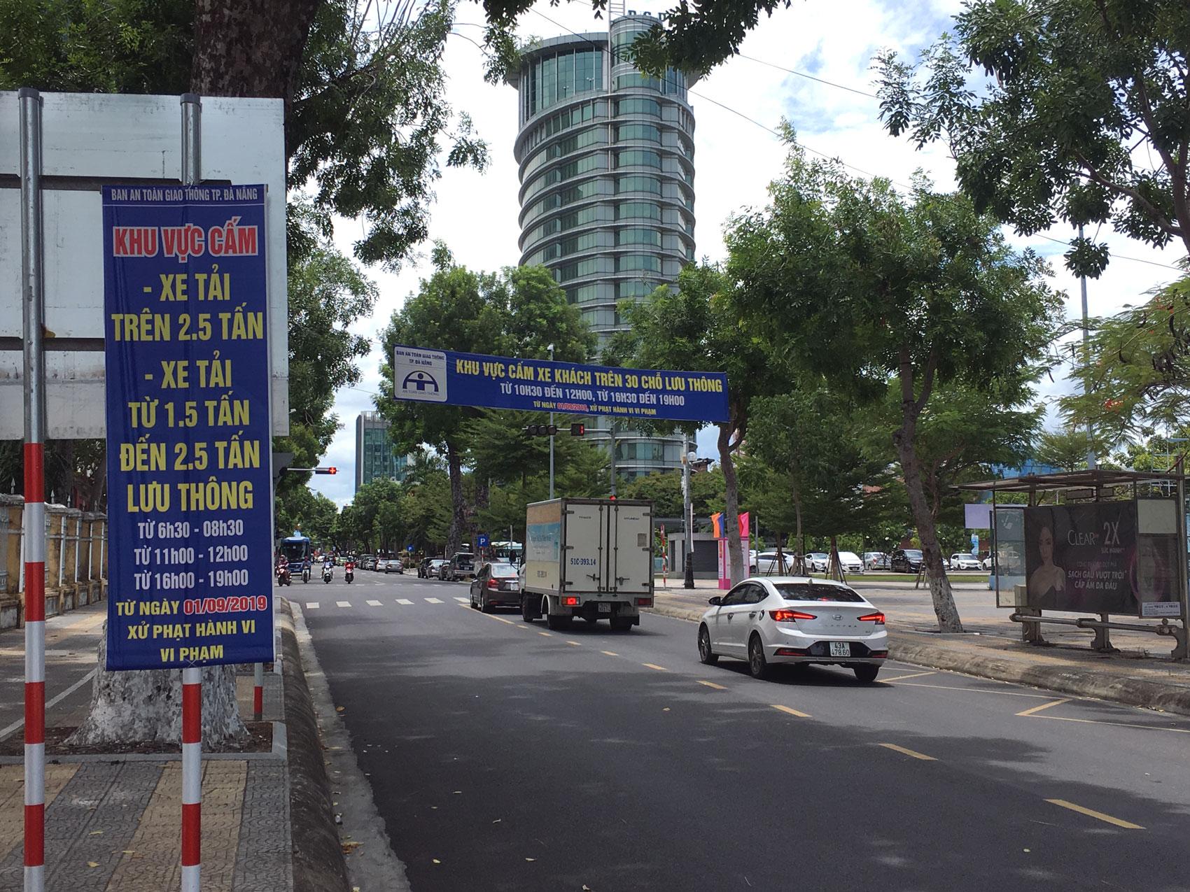 Đà Nẵng điều tiết xe khách trên 30 chỗ, xe tải vào trung tâm