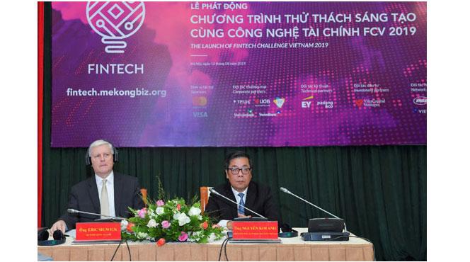 Phát động chương trình Thử thách sáng tạo cùng công nghệ tài chính
