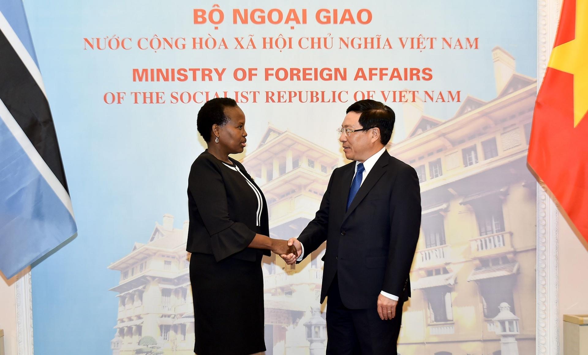 Đưa quan hệ hữu nghị và hợp tác giữa Việt Nam - Bốt-xoa-na bước vào giai đoạn phát triển mới