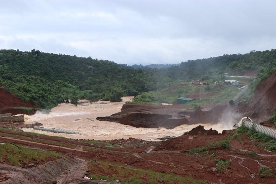 Thiệt hại do mưa lũ tiếp tục gia tăng