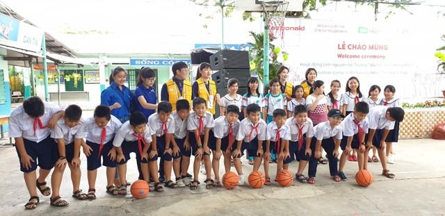   Ấm áp nghĩa tình chương trình hoạt động tình nguyện tại TP Hồ Chí Minh