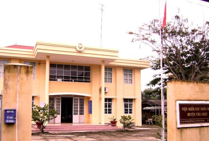 Khởi tố Phó Viện trưởng Viện KSND huyện Tân Châu