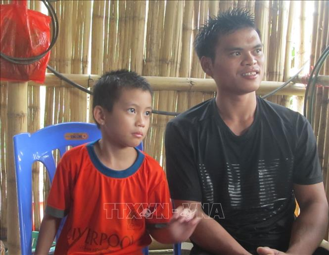 Người thanh niên dân tộc Thái không ngần ngại cứu người trong lũ