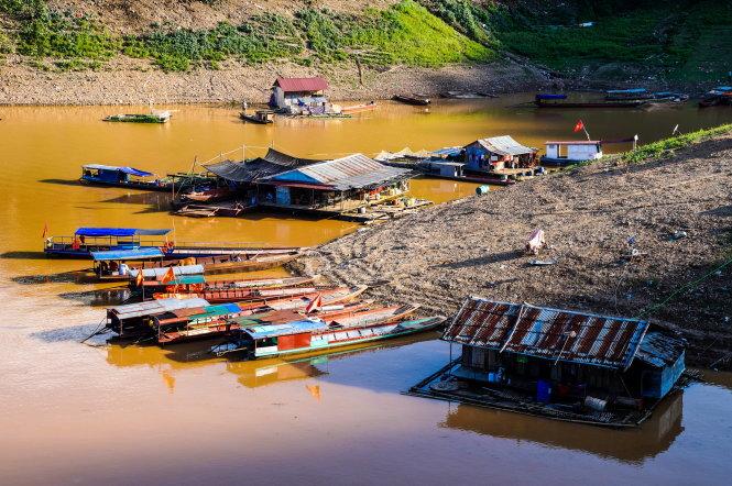 Trả lời kiến nghị của cử tri tỉnh Sơn La về xây dựng cầu kiên cố tại khu vực Bến phà Vạn Yên