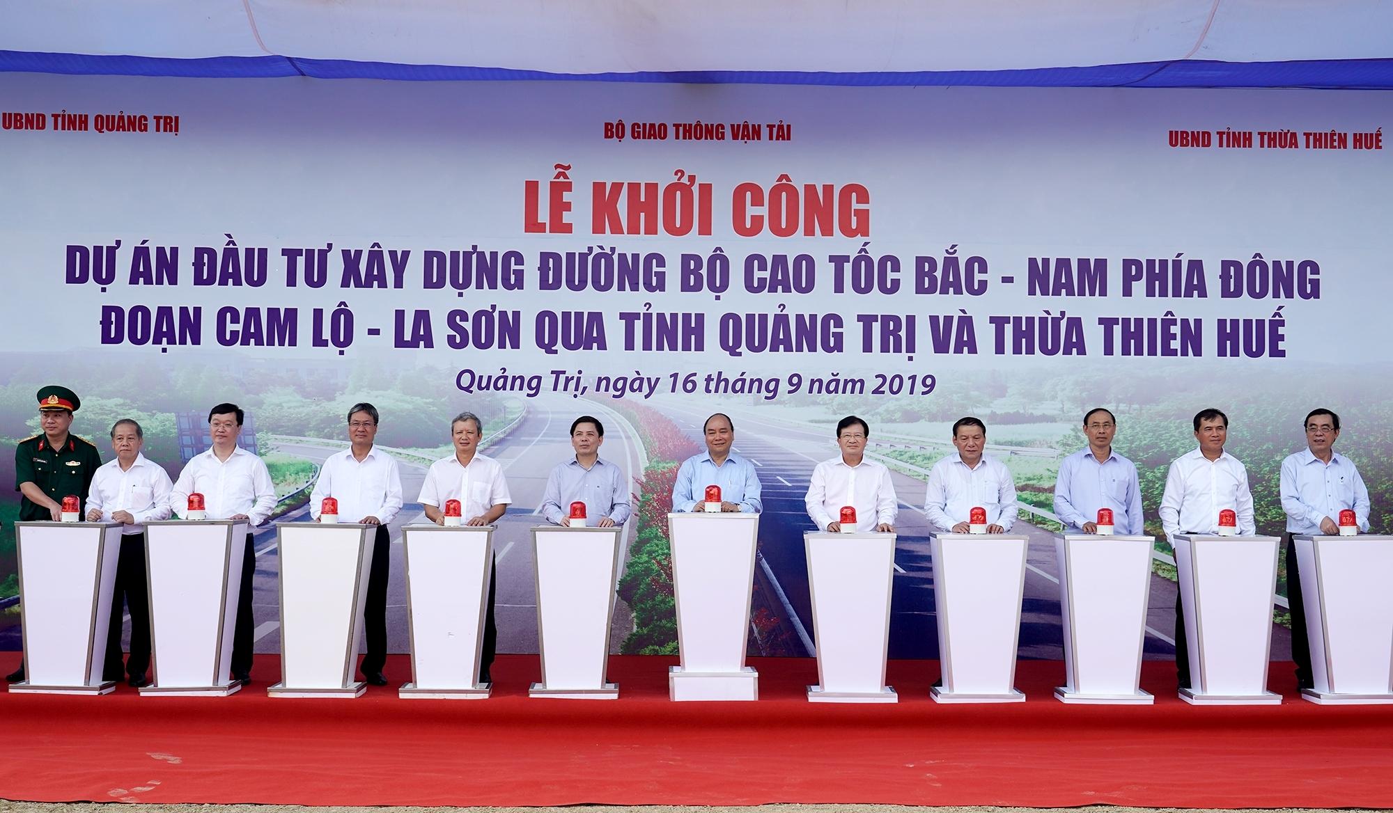 Khởi công dự án cao tốc Bắc - Nam đoạn Cam Lộ - La Sơn