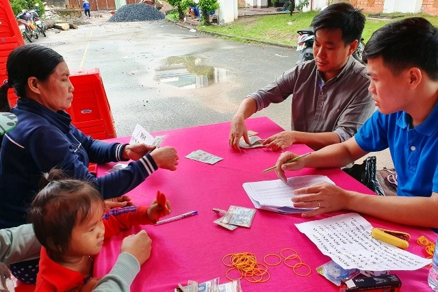 Đồng Nai trả lương cho hơn 1.900 công nhân có chủ bỏ trốn