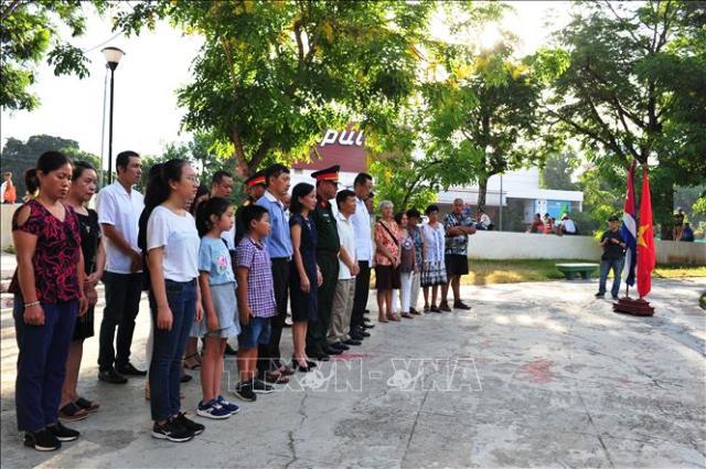 Đóng góp vào sự phát triển mối quan hệ truyền thống Việt Nam – Cuba
