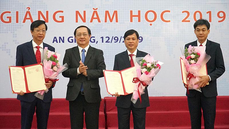 Trường Đại học An Giang chính thức là thành viên Đại học Quốc gia TP Hồ Chí Minh