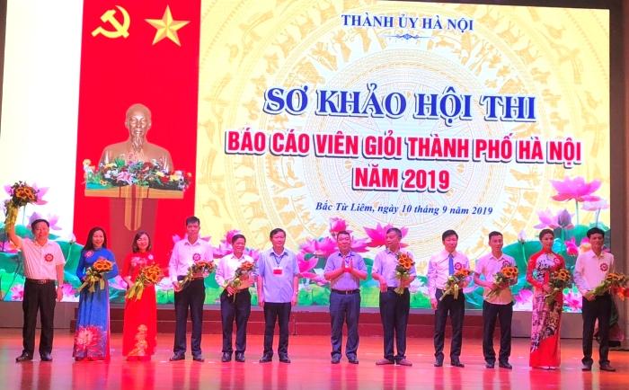Hà Nội: Gần 700 thí sinh thi báo cáo viên giỏi