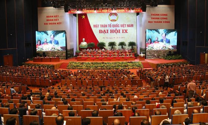 Phiên làm việc đầu tiên Đại hội đại biểu MTTQ Việt Nam lần thứ IX