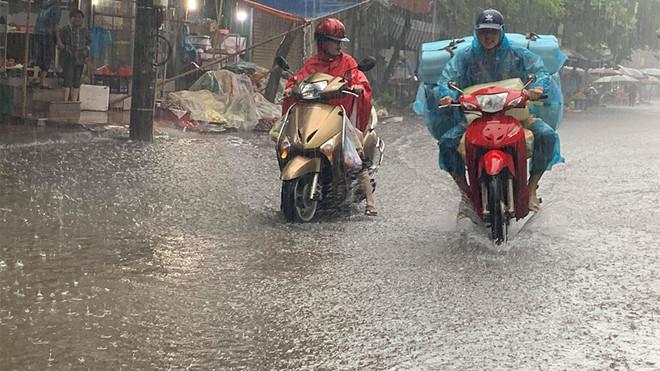 Trung Bộ, Tây Nguyên và Nam Bộ có mưa dông
