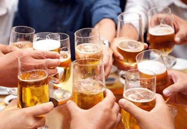 Không được uống rượu, bia tại công viên, sân vận động