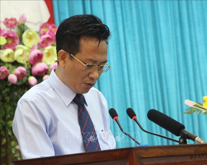 Cảnh cáo Giám đốc Sở Tài nguyên và Môi trường tỉnh An Giang