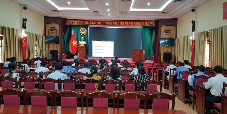 Huyện Ba Vì:Tập huấn cho cán bộ làm công tác quản lý an toàn thực phẩm