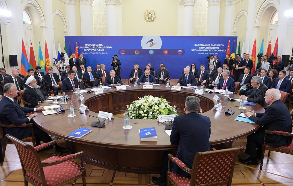 Liên minh Kinh tế Á – Âu và Singapore ký thỏa thuận thương mại tự do