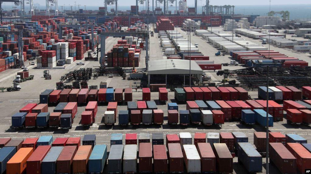 IMF tiếp tục hạ dự báo tăng trưởng toàn cầu