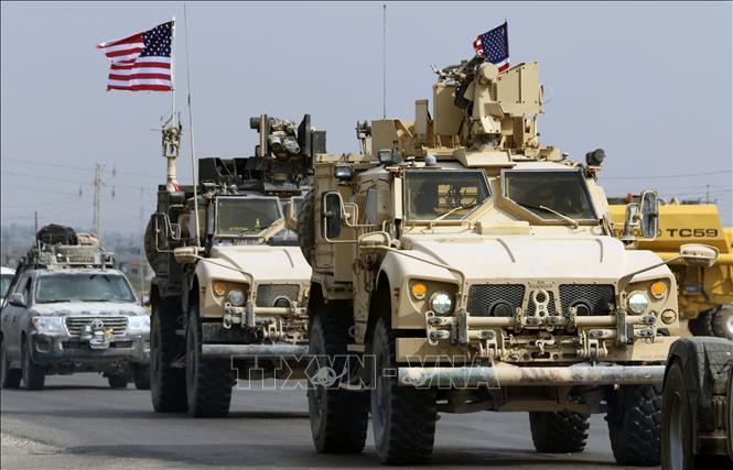 Mỹ triển khai bổ sung khí tài quân sự bảo vệ các mỏ dầu ở Syria