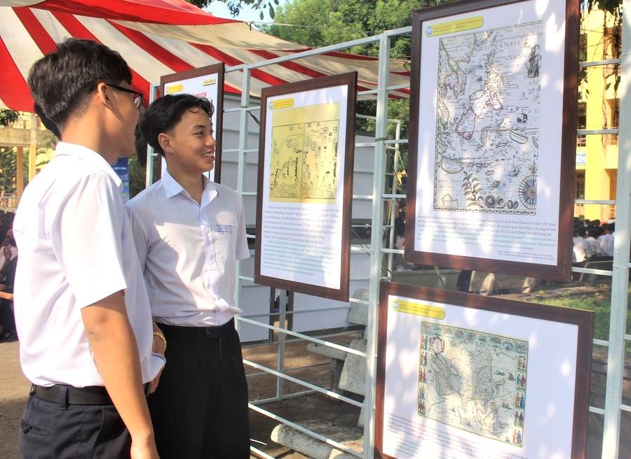 """Triển lãm số """"Hoàng Sa, Trường Sa của Việt Nam - Những bằng chứng lịch sử và pháp lý"""""""