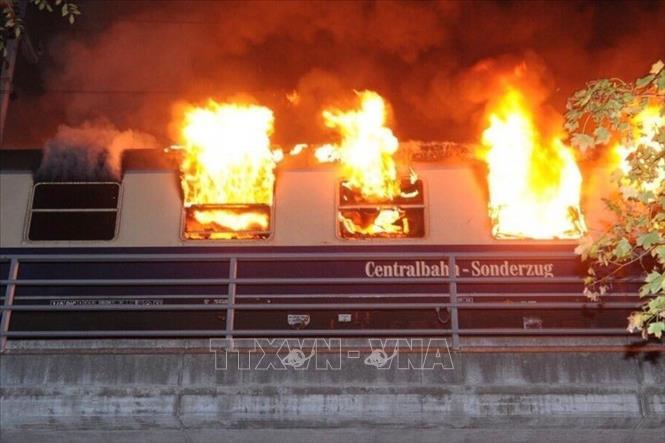 Cháy tàu điện tại thủ đô Berlin