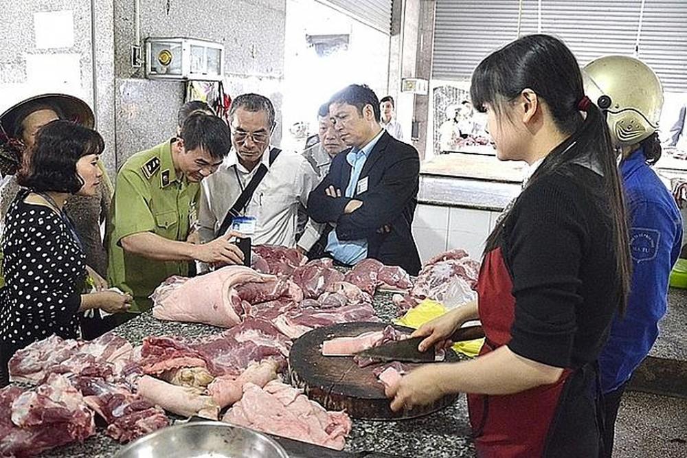 Hà Nội: Trên 2400 cơ sở thực phẩm bị xử phạt