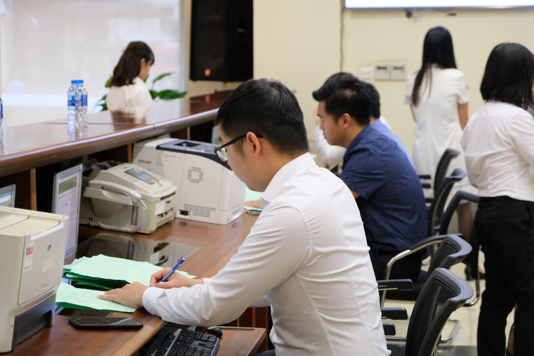 Lợi nhuận sau thuế doanh nghiệp niêm yết HNX 6 tháng tăng 20,2%