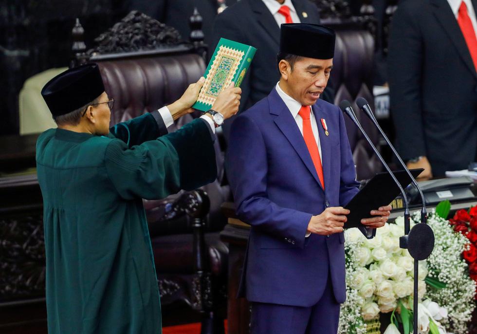 Tổng thống Indonesia tuyên thệ nhậm chức
