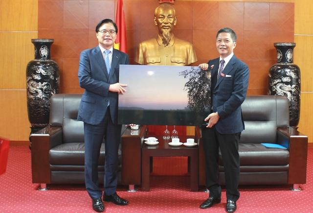Đẩy mạnh xúc tiến thương mại và đầu tư Việt Nam - Hàn Quốc